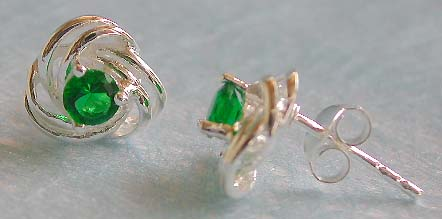 Wedding jewelry wholesale, twisted heart love sterling stud earring green cz central decor