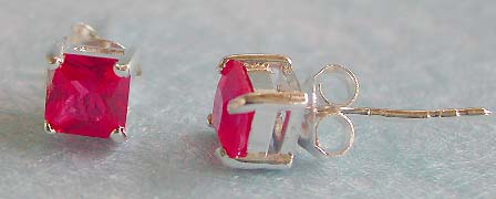 Wholesale casual jewelry, stud earring sterling silver with pinkish cz